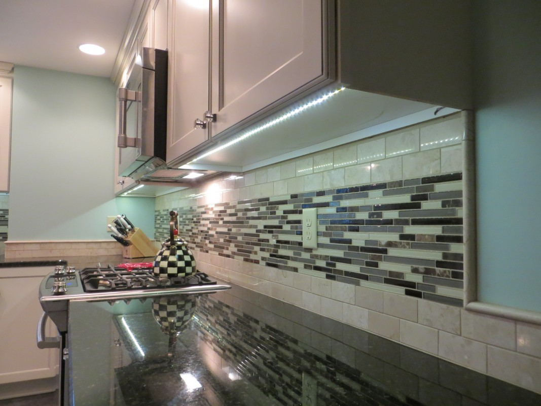 Kitchen remodeling renovations williamsville ny for Creative renovations